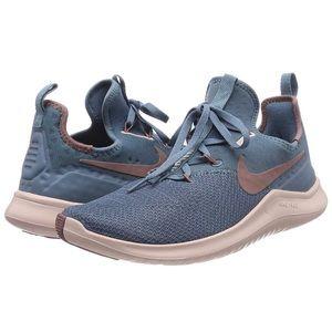 Nike Free Tr8 Shoes - w6